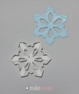 Снежинка №4 - 8х7 см